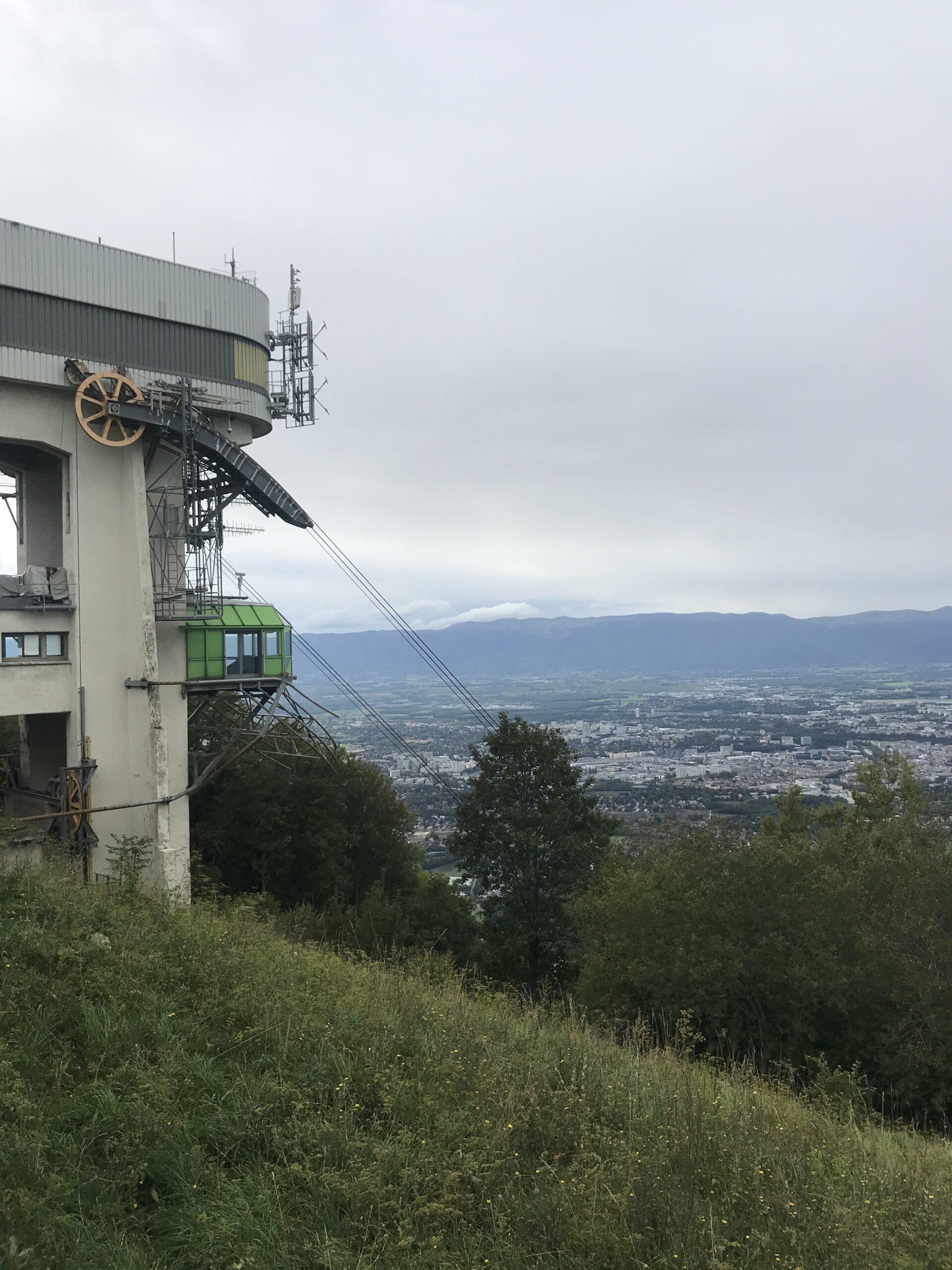 Arrivée au sommet du téléphérique du Salève